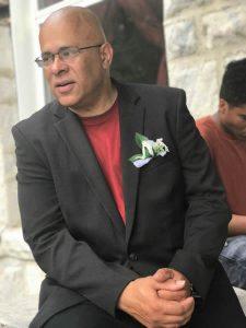 Tio Hardiman